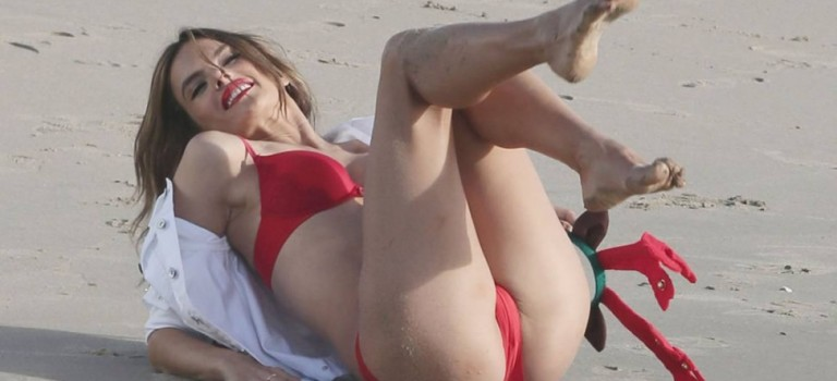 Alessandra Ambrosio in red bikini on Christmas at the beach Los Angeles (8 Photos)