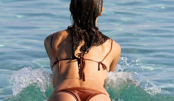 Alessandra Ambrosio in bikini at the beach Mykonos (11 Photos)