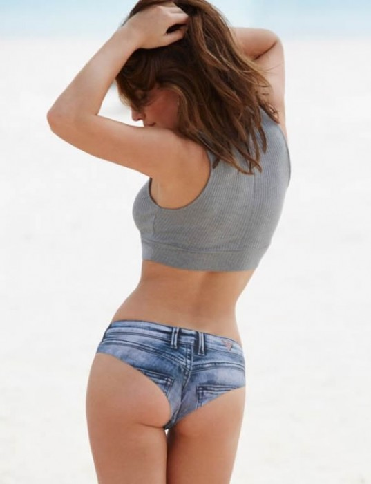 Alyssa Miller sexy ass