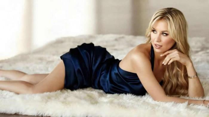 Anna Kournikova hot and sexy
