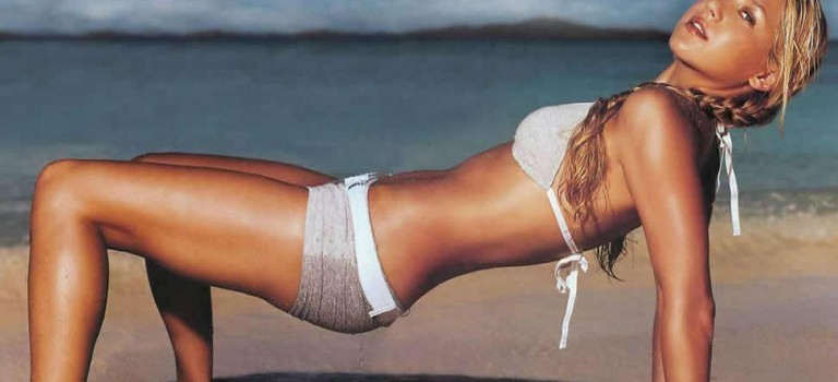 Anna Kournikova Hot and Sexy (15 Photos)