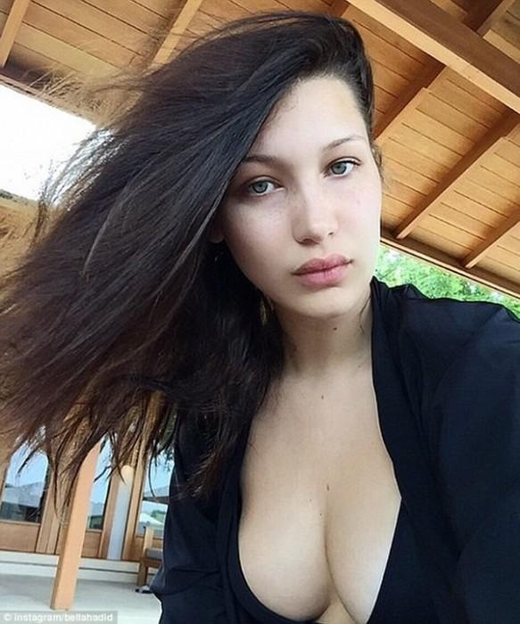 Bella Hadid Hot Boobs pinterest