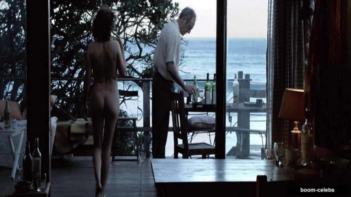 Carice van Houten nude pictures