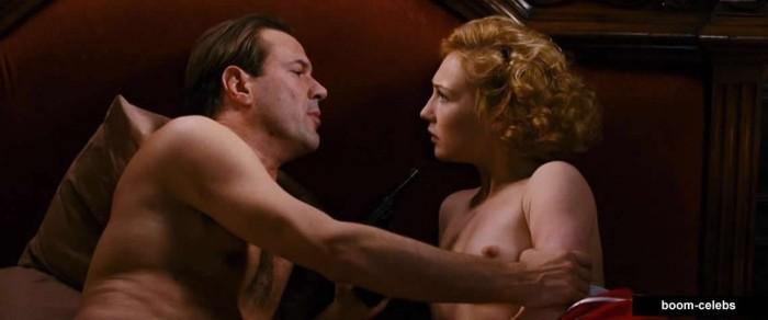 Carice van Houten sex scenes