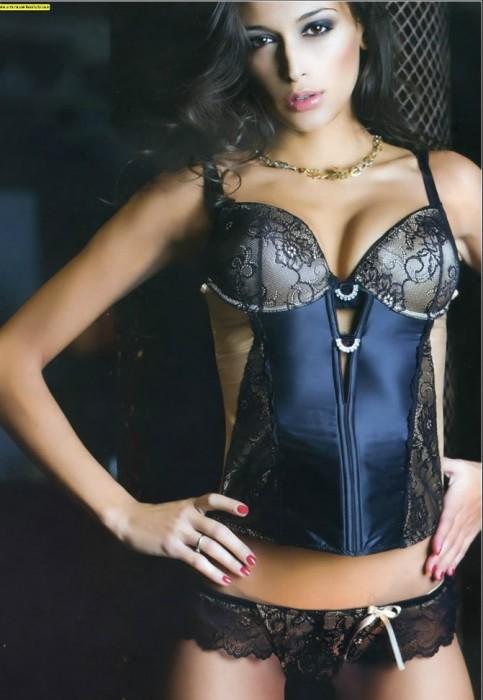 Cristina Buccino hot lingerie