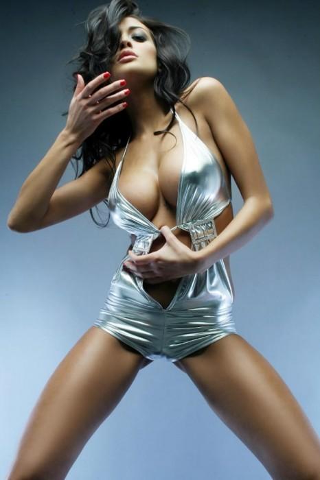 Cristina Buccino nipples