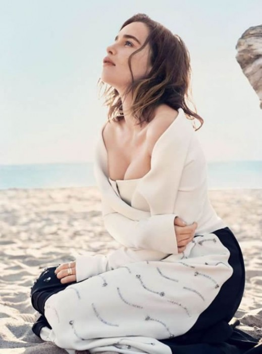Emilia Clarke Hot Pictures July 2016