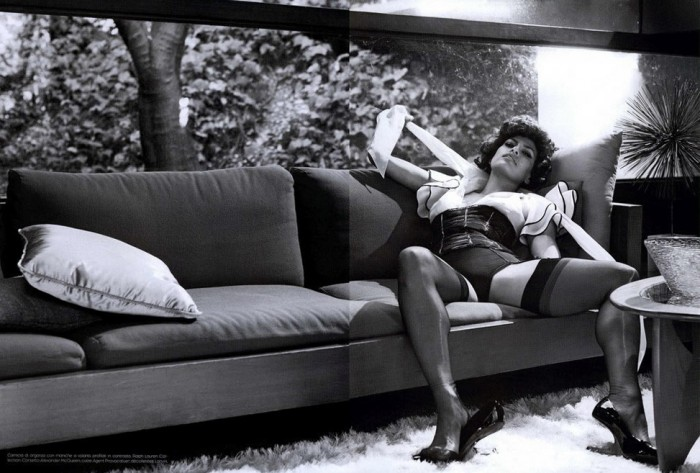 Eva Mendes Hot Photo