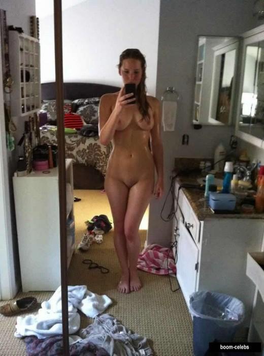 Jennifer Lawrence Nude Selfie