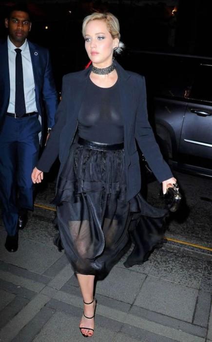 Jennifer Lawrence Paparazzi Photos In New York Nip SLip