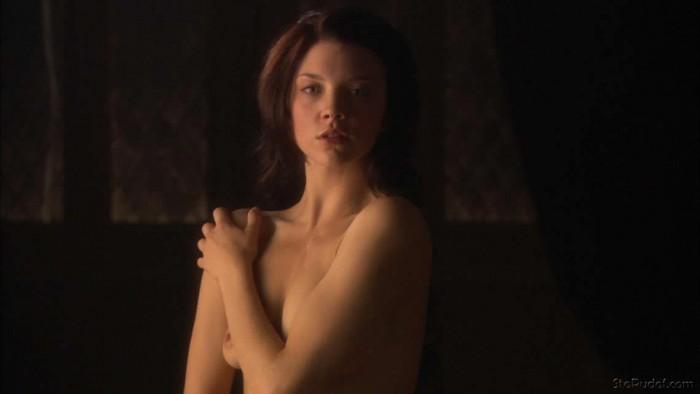 Natalie Dormer nipples