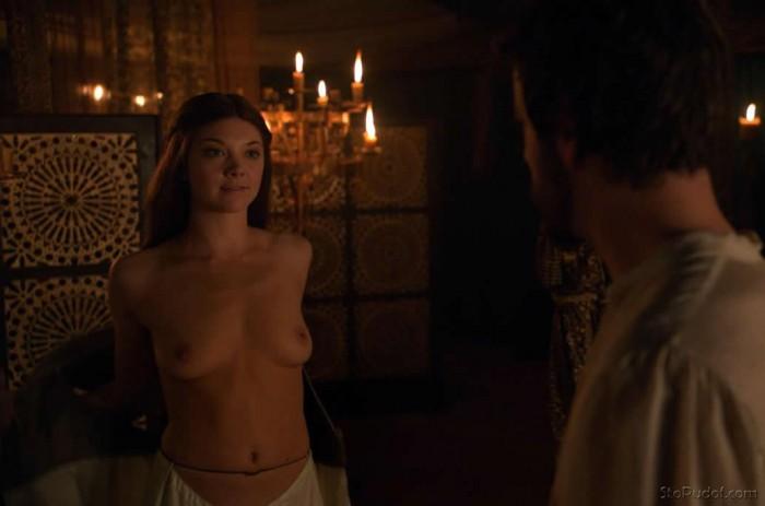 Natalie Dormer topless Game of Thrones
