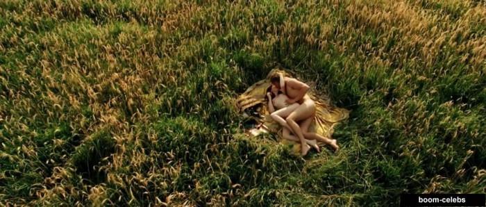 Sex scenes Carice van Houten
