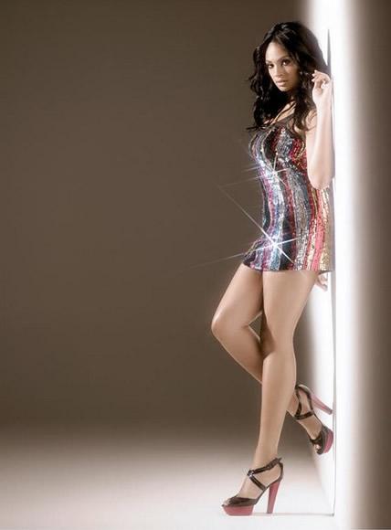 Alesha Dixon sexy legs photo