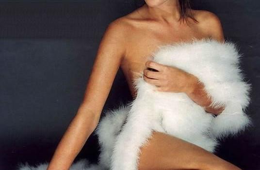Amanda Holden Nude (14 Photos)