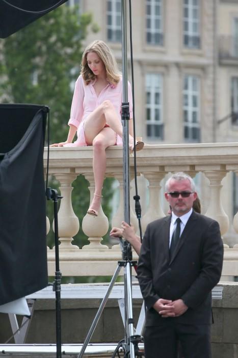 Amanda Seyfried Forgot Her Panties