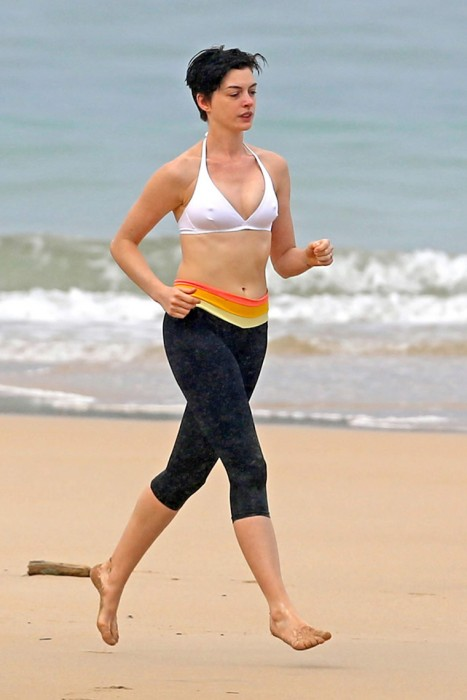 Anne Hathaway Nipples