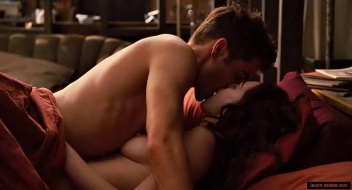 Anne Hathaway sex photo