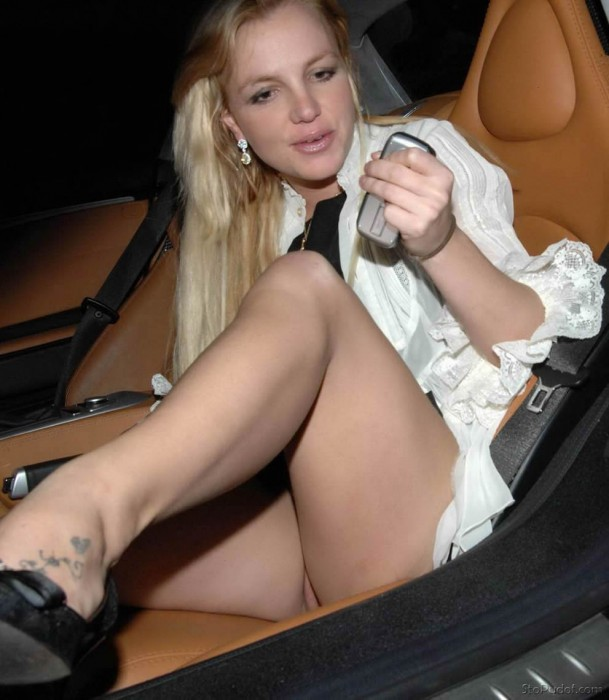 Sight britney naked spear upskirt