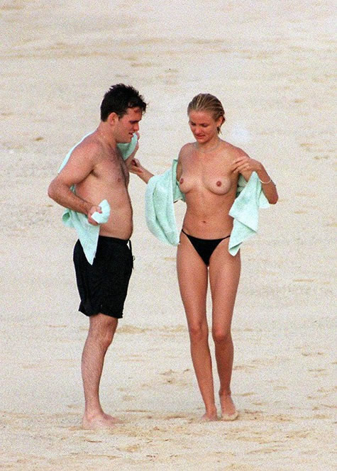 Cameron Diaz topless at the beach