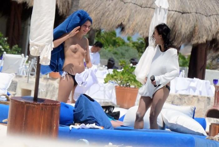 Cara Delevingne topless 4