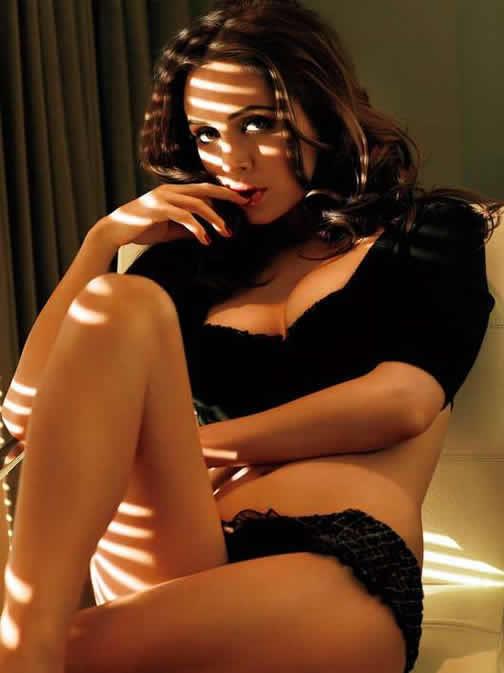 Eliza Dushku Hot