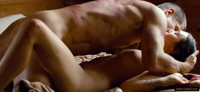 Elizabeth Olsen hot body nude
