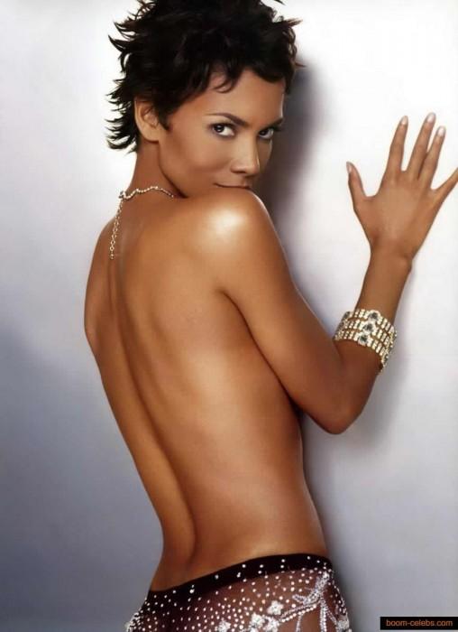 Halle Berry nude photo