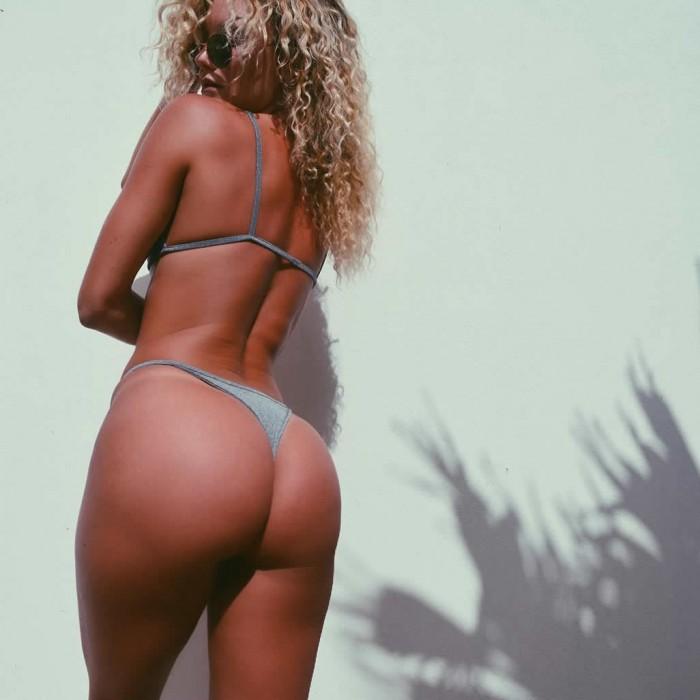 Hot Cassandre Davis booty pic