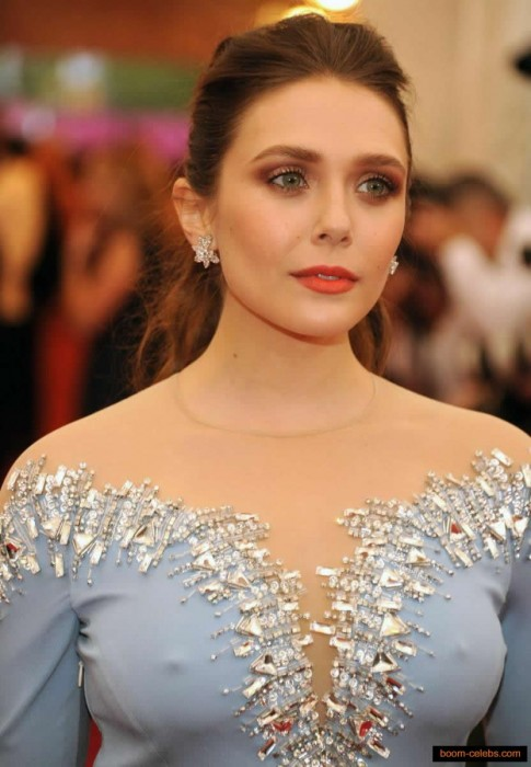 Hot Elizabeth Olsen nipples
