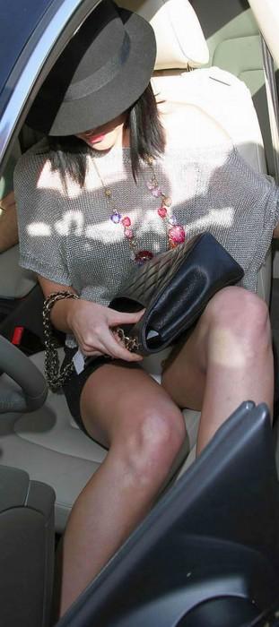 Hot Katy Perry Panty Upskirt