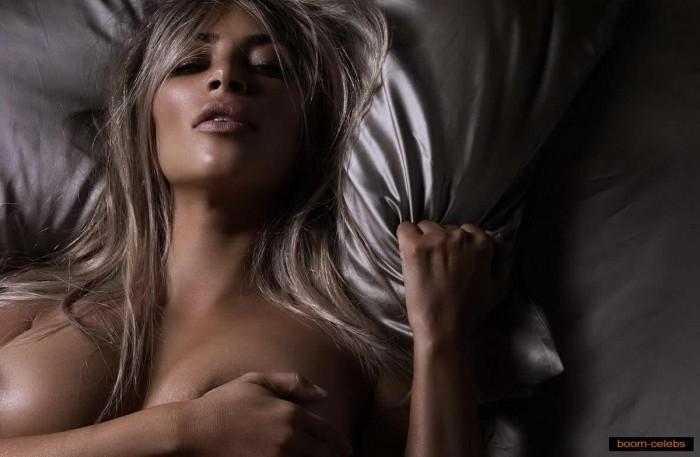 Hot Kim Kardashian Nude