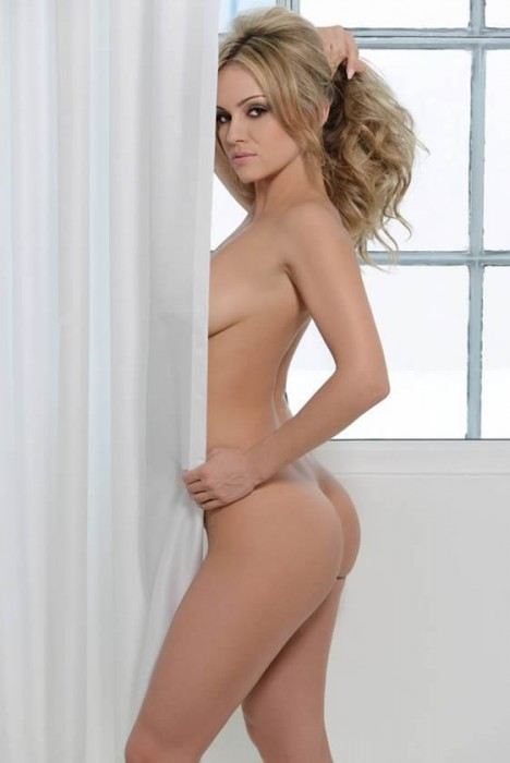 Hot Ola Jordan Naked