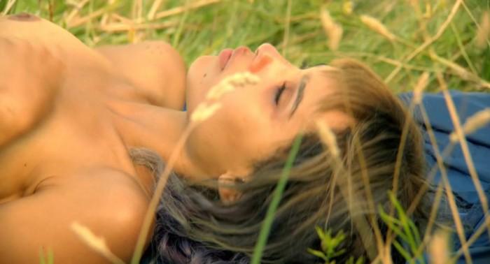 Hot Zoe Kravitz Nude