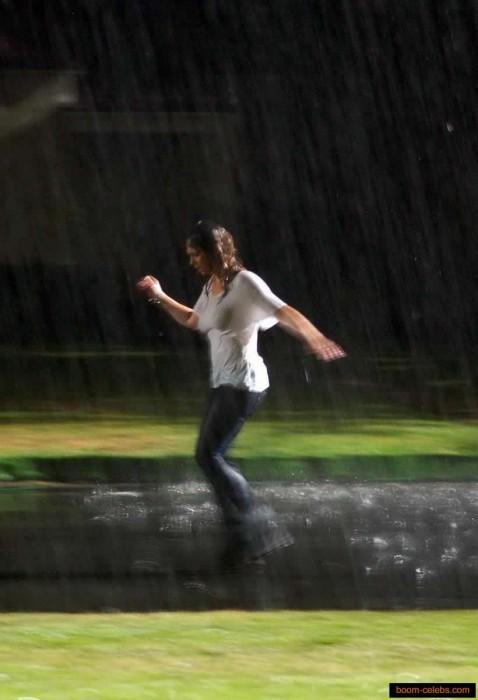 Jennifer Love Hewitt hot scene