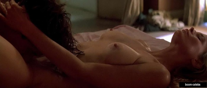 Addison timlin cameltoe in lace panties from odd thomas 9