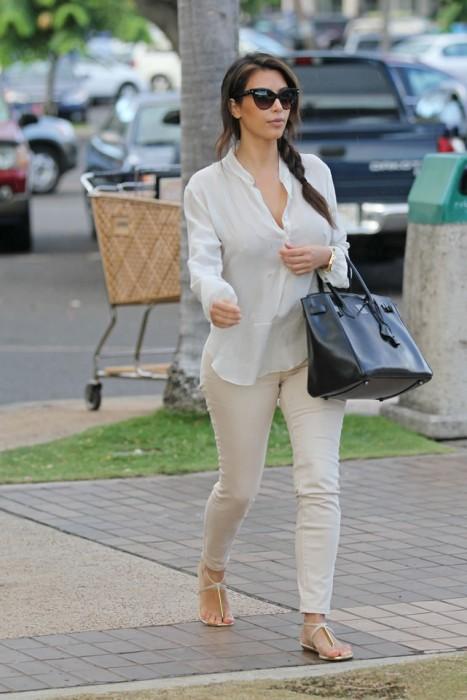 Kim Kardashian Braless Paparazzi Photo