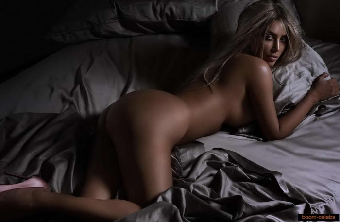Kim Kardashian nude photo
