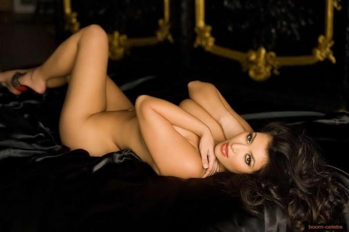 Kim Kardashian nude pictures