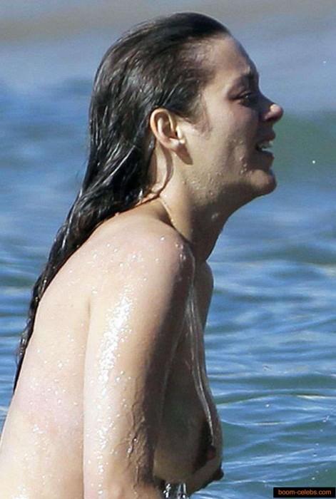 Marion Cotillard hard nipples