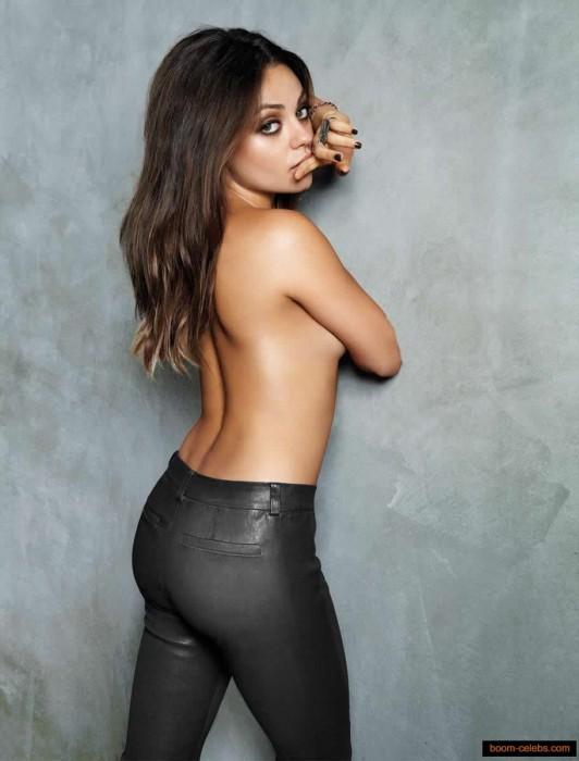 Mila Kunis Naked