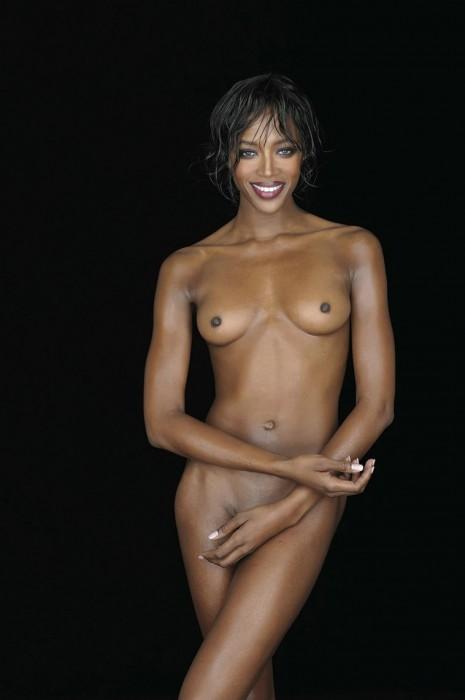 Naomi Campbell posing nude