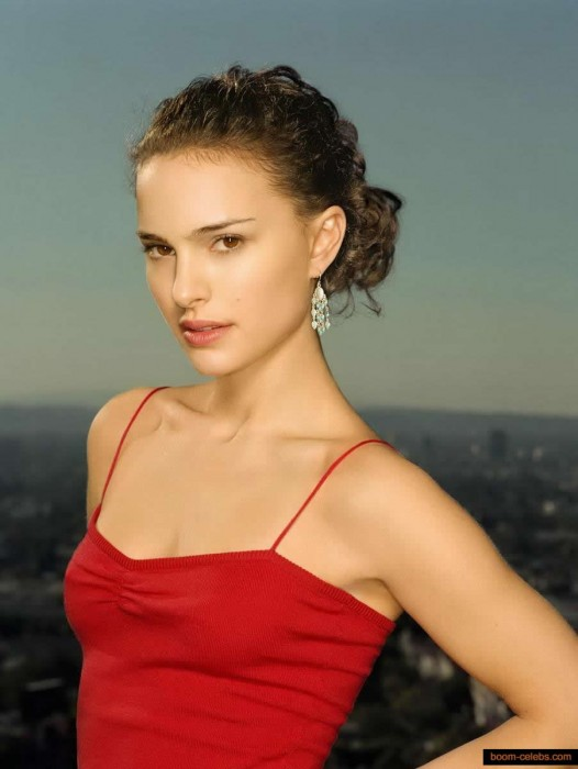 Natalie Portman Hot