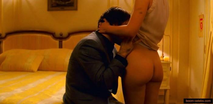 Natalie Portman sexy booty
