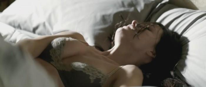 Olivia Wilde boobs