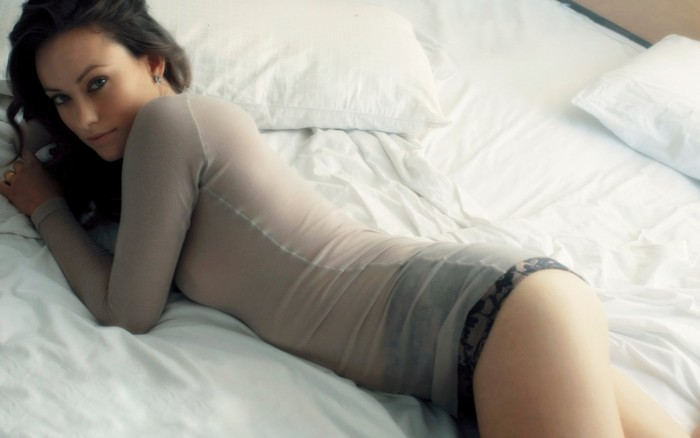 Olivia Wilde braless