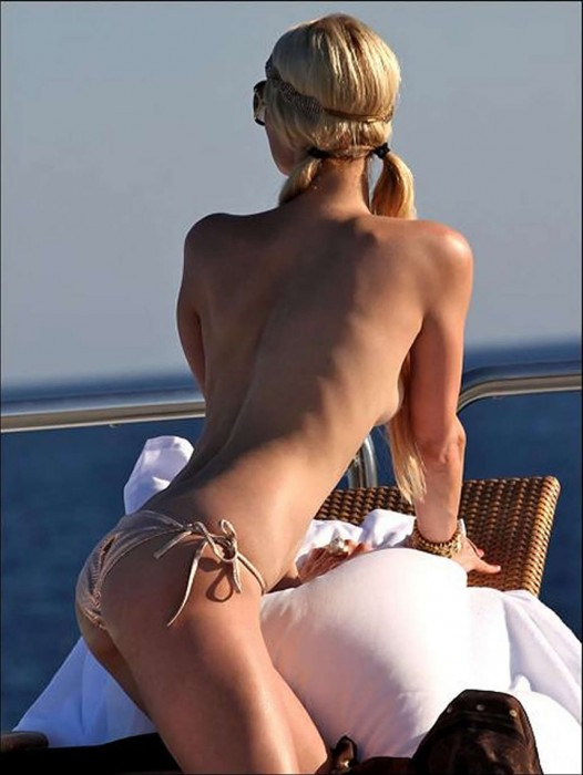 Paris Hilton sexy ass