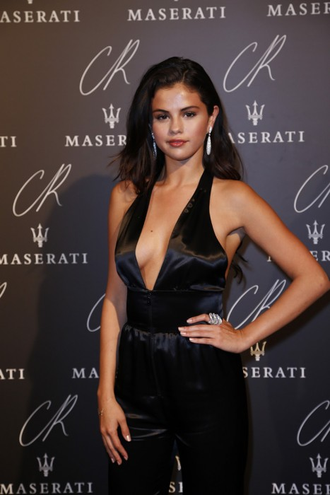 Selena Gomez Pokies on the Red Carpet
