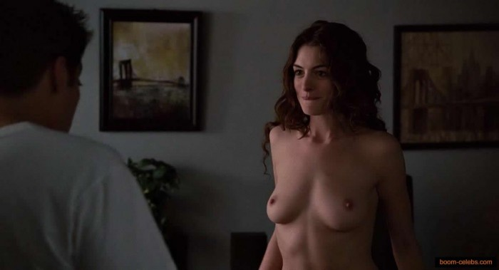 Sexy Anne Hathaway Nude