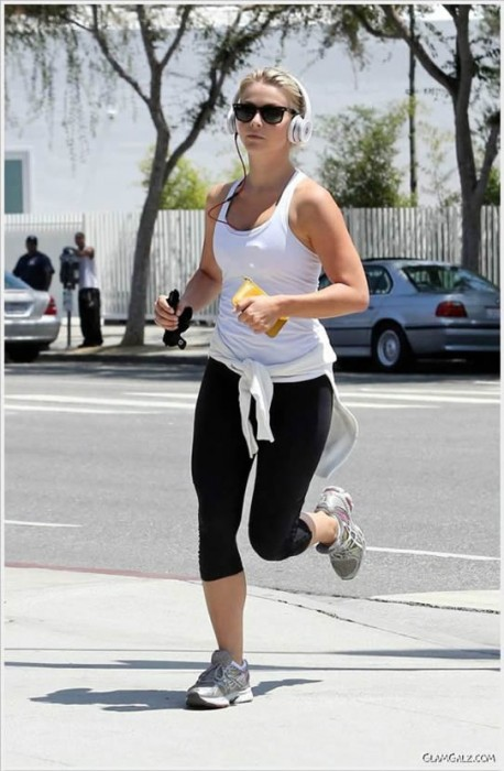 Sexy Julianne Hough Workout
